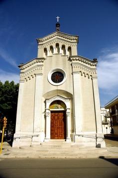 church - apricena